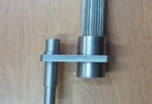 Стыковка нижней и верхней секций ПЭД УЭЦН, с помощью приспособления для ориентации валов